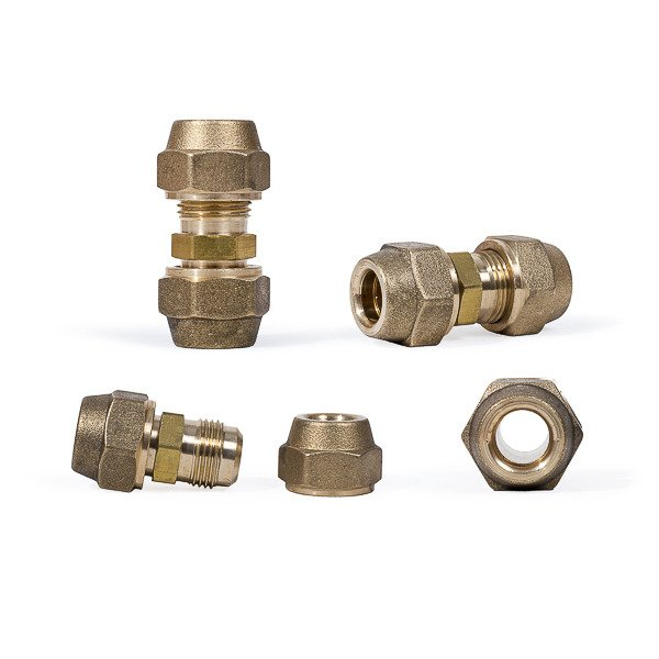Brass tube fitting with 2 female screws 1/2""